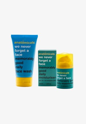 WE NEVER FORGET A FACE GLYCOLIC SET - Skincare set - neutral