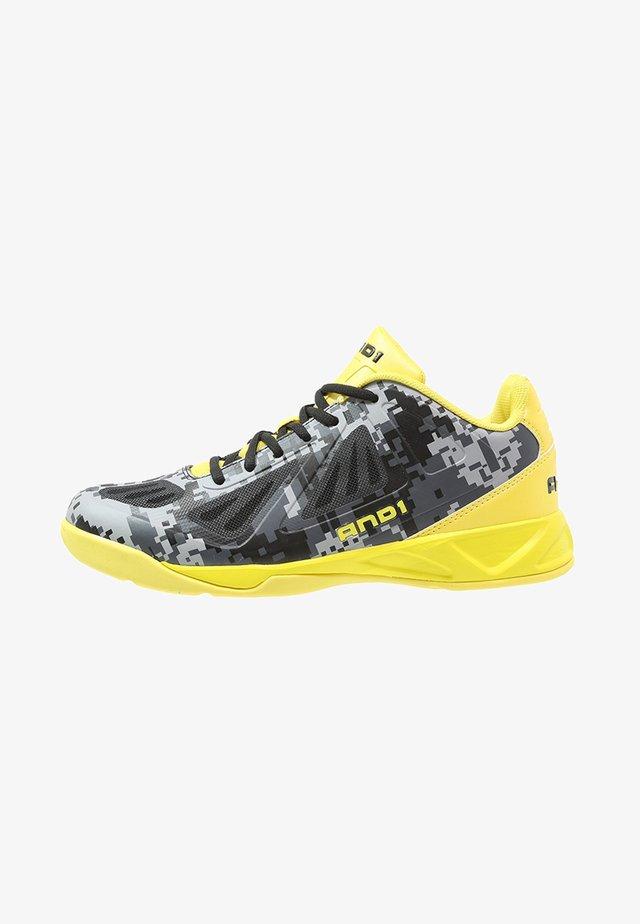 XCELERATE  - Chaussures de basket - black/asphalt/yellow