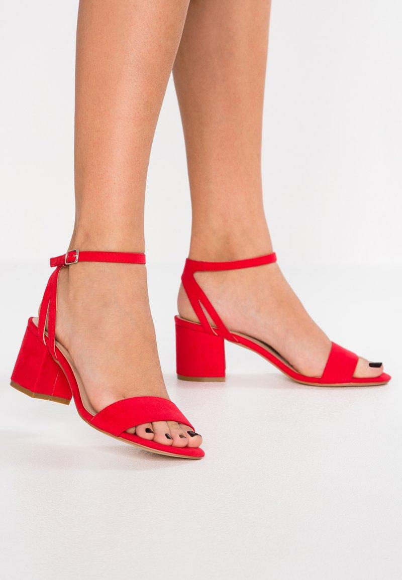 Anna Field - Sandaler med høye hæler - red
