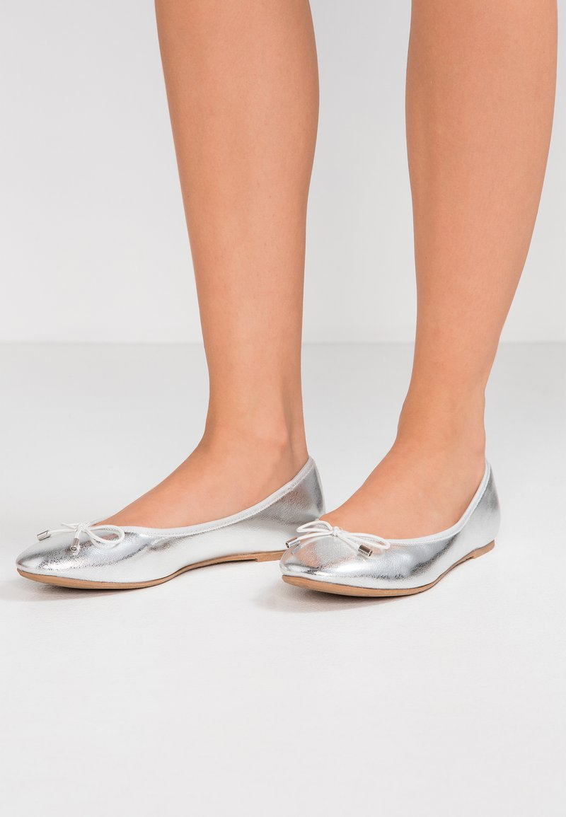 Anna Field - Klassischer  Ballerina - silver
