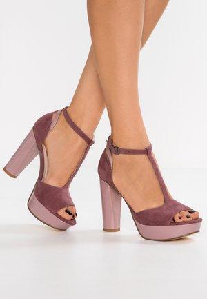 Sandales à talons hauts - lilac
