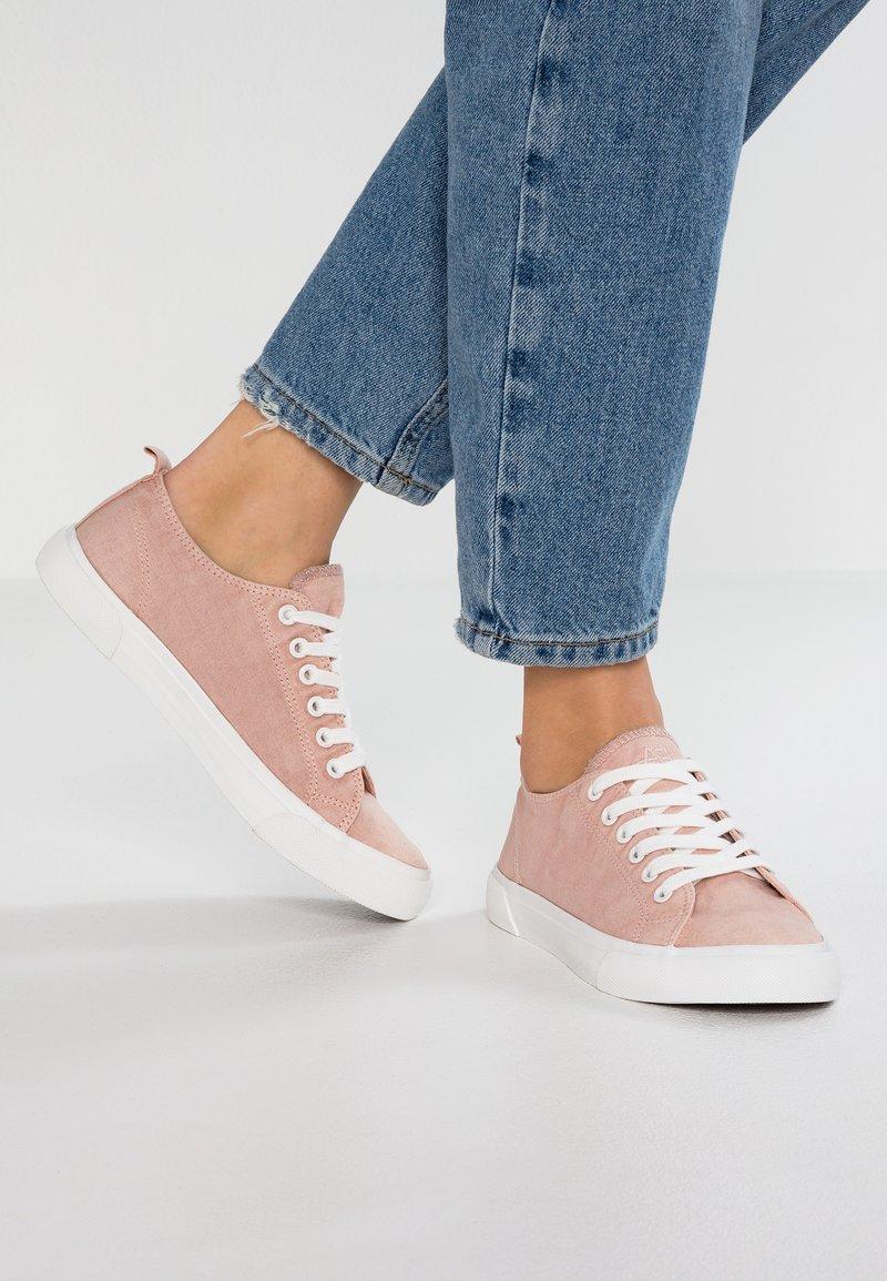 Anna Field - Sneaker low - rose