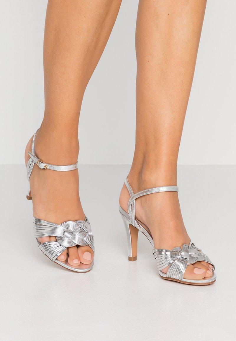Anna Field - Korolliset sandaalit - silver