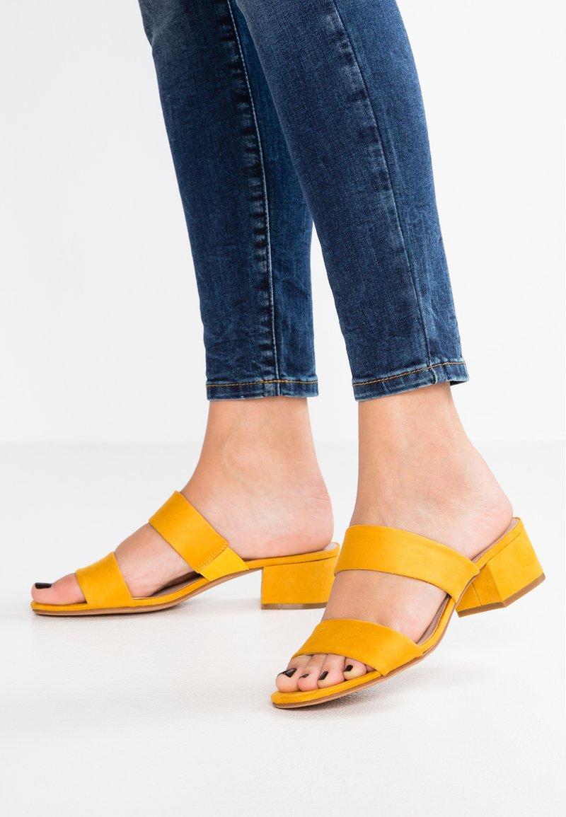 Anna Field - Pantolette hoch - yellow