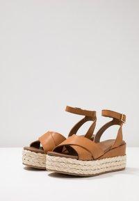Anna Field - Korkeakorkoiset sandaalit - cognac - 4