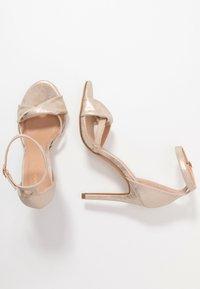 Anna Field - Sandaler med høye hæler - gold - 3