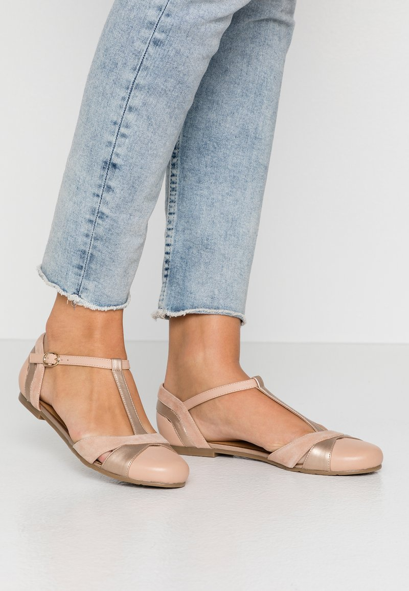Anna Field - LEATHER BALLERINAS - Ankle strap ballet pumps - nude