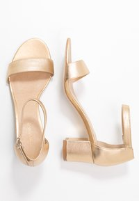 Anna Field - LEATHER HEELED SANDALS - Sandalen - gold - 3