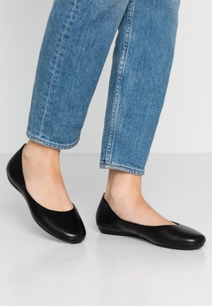 LEATHER BALLET PUMPS - Baleríny - black