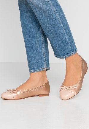 Ballet pumps - rose gold