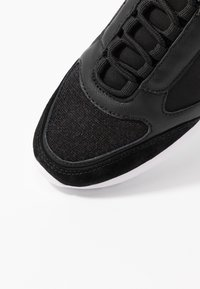 Anna Field - LEATHER SNEAKERS - Matalavartiset tennarit - black - 2