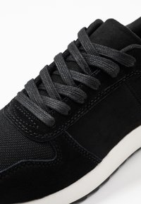 Anna Field - LEATHER TRAINERS - Baskets basses - black - 2