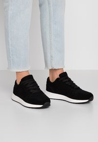 Anna Field - LEATHER TRAINERS - Baskets basses - black - 0