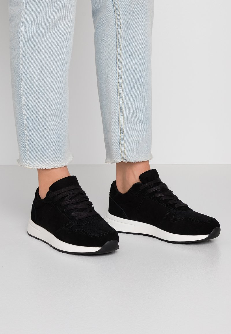 Anna Field - LEATHER TRAINERS - Baskets basses - black