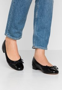 Anna Field - LEATHER BALLET PUMPS - Ballet pumps - black - 0