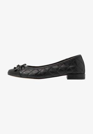 LEATHER BALLET PUMPS - Baleríny - black