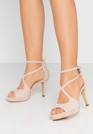 LEATHER HEELED SANDALS - Sandały na obcasie - nude