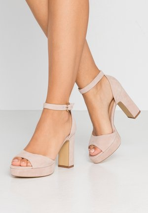 LEATHER HIGH HEELED SANDALS - Sandały na obcasie - nude