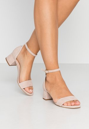 LEATHER HEELED SANDALS - Sandals - nude