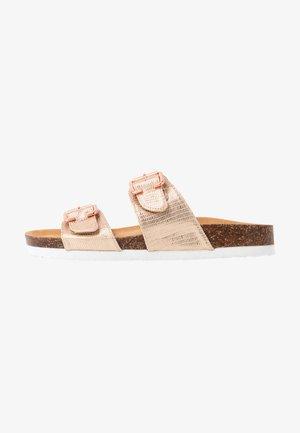 Pantofole - rose gold