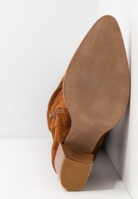 Anna Field - LEATHER BOOTS - Boots - cognac - 5