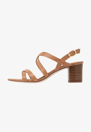 LEATHER SANDALS - Sandals - cognac