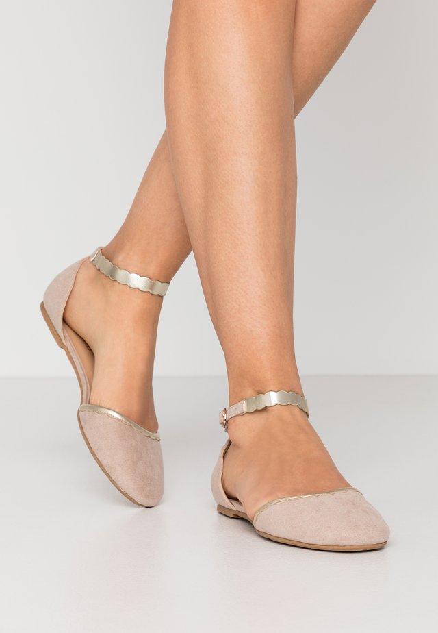 Ankle strap ballet pumps - nude