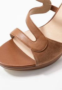 Anna Field - LEATHER HIGH HEELED SANDALS - High heeled sandals - cognac - 2