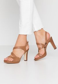 Anna Field - LEATHER HIGH HEELED SANDALS - High heeled sandals - cognac - 0