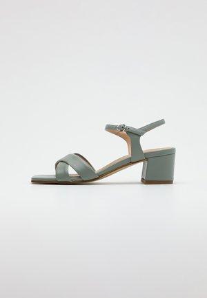 LEATHER SANDALS - Sandály - mint