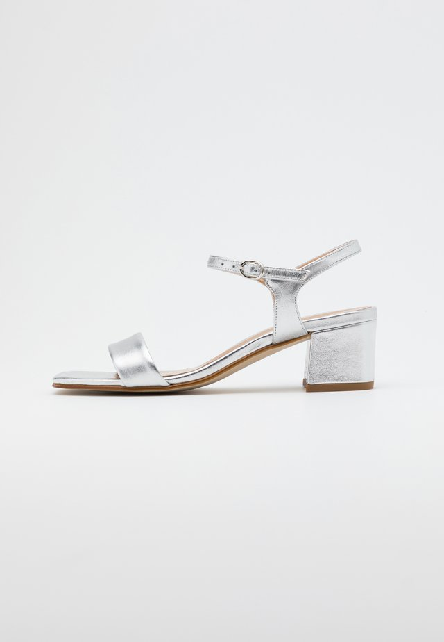 LEATHER SANDALS - Sandals - silver
