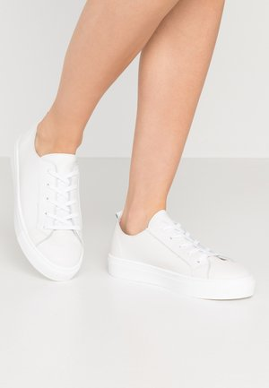 LEATHER - Sneakersy niskie - white