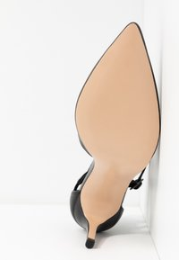 Anna Field - LEATHER PUMPS - Tacones - black - 6
