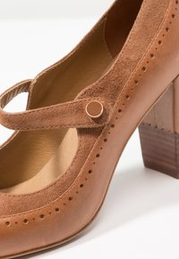 Anna Field - LEATHER CLASSIC HEELS - Classic heels - cognac - 3