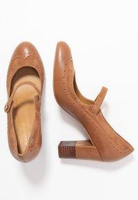 Anna Field - LEATHER CLASSIC HEELS - Classic heels - cognac - 5