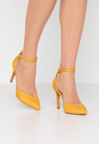 Anna Field - Decolleté - yellow - 0