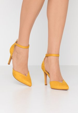 High heels - yellow