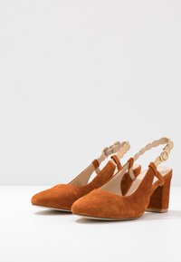 Anna Field - LEATHER CLASSIC HEELS - Classic heels - light brown - 4