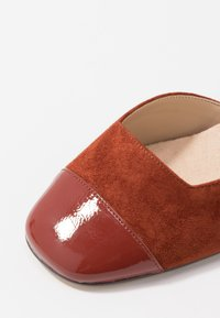 Anna Field - LEATHER PUMPS - Classic heels - brown - 2