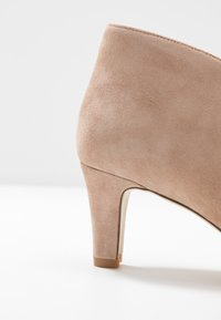 Anna Field - LEATHER ANKLE BOOTS - Ankelboots - beige - 2