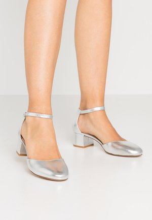 LEATHER CLASSIC HEELS - Pumps - silver