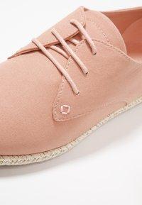 Anna Field - Zapatos con cordones - pink - 2