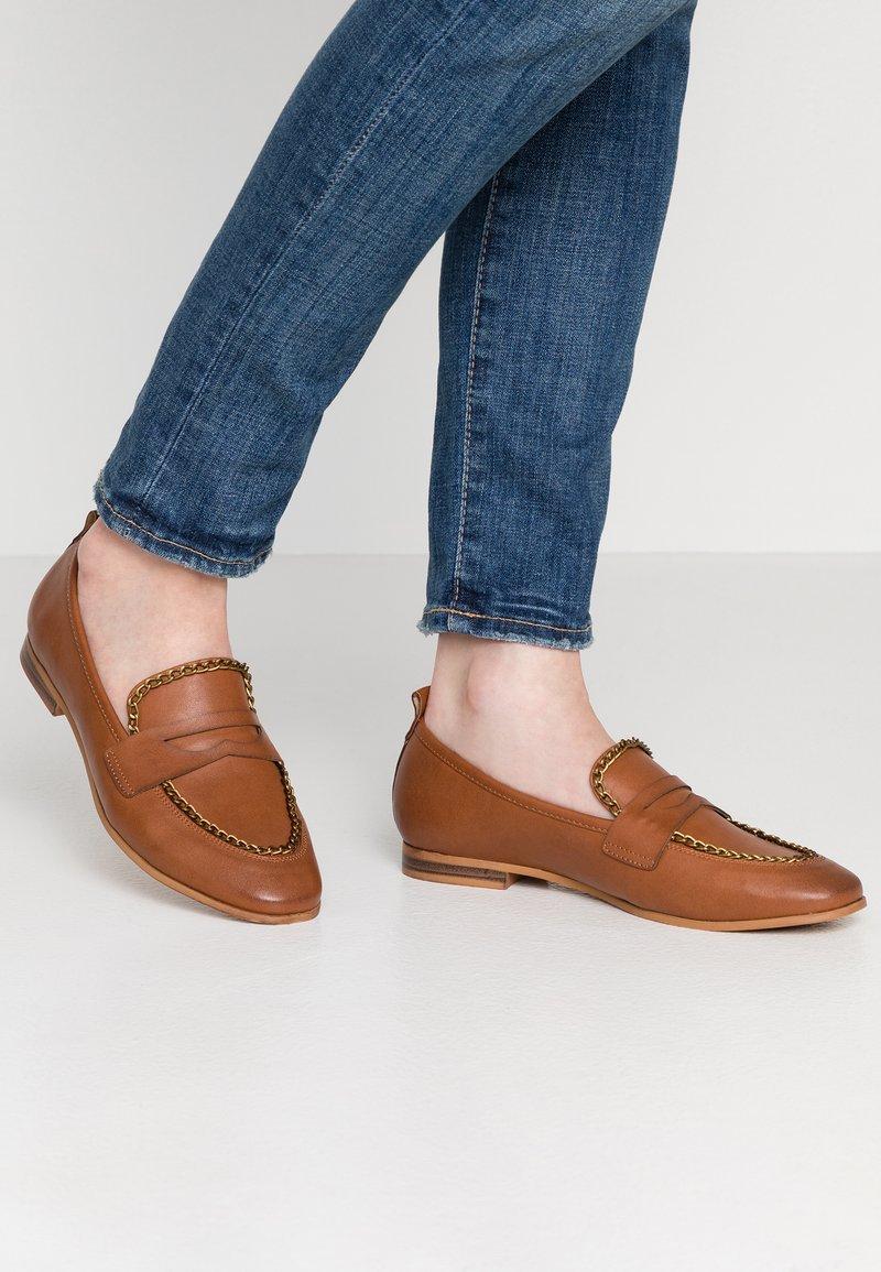 Anna Field - Nazouvací boty - cognac