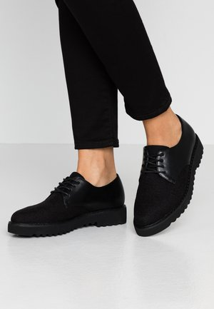 Zapatos de vestir - black