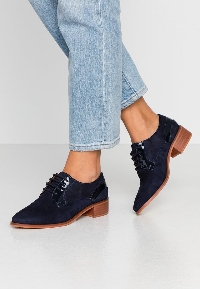 LEATHER LACE-UPS - Lace-ups - dark blue