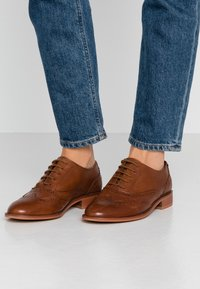 Anna Field - LEATHER LACE-UPS - Lace-ups - cognac - 0