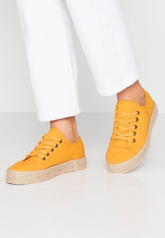Espadrillas - yellow