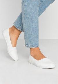 Anna Field - Nazouvací boty - white - 0