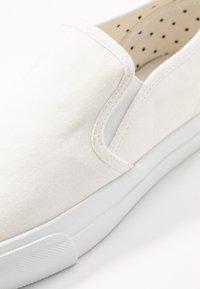 Anna Field - Nazouvací boty - white - 2