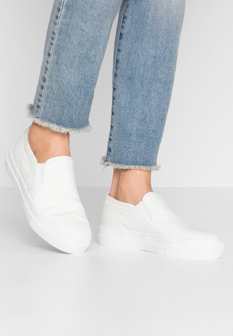 Anna Field - Nazouvací boty - white
